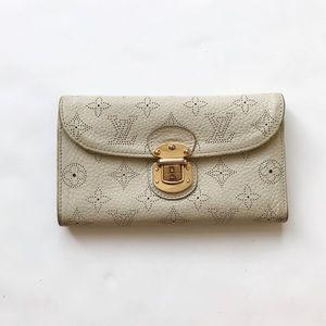 Louis Vuitton cream perforated monogram Wallet